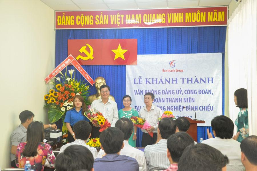 Benthanh Group tặng công trình Văn phòng Đảng Ủy và Khối Đoàn thể cho KCN Bình Chiểu