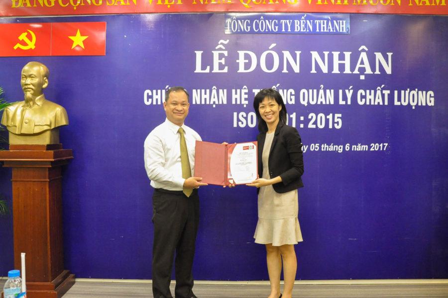 """Benthanh Group đón nhận """"Chứng nhận hệ thống quản lý chất lượng theo tiêu chuẩn ISO 9001:2015"""""""