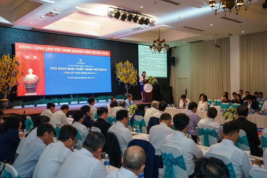 Hội nghị BCH Đảng bộ mở rộng, tổng kết phong trào thi đua yêu nước năm 2017 và tri ân Đại diện vốn