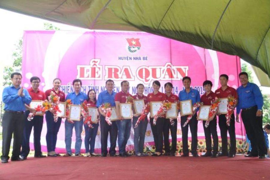 Đoàn Tổng Công ty Bến Thành hưởng ứng Lễ ra quân Chiến dịch tình nguyện kỳ nghỉ hồng 2015